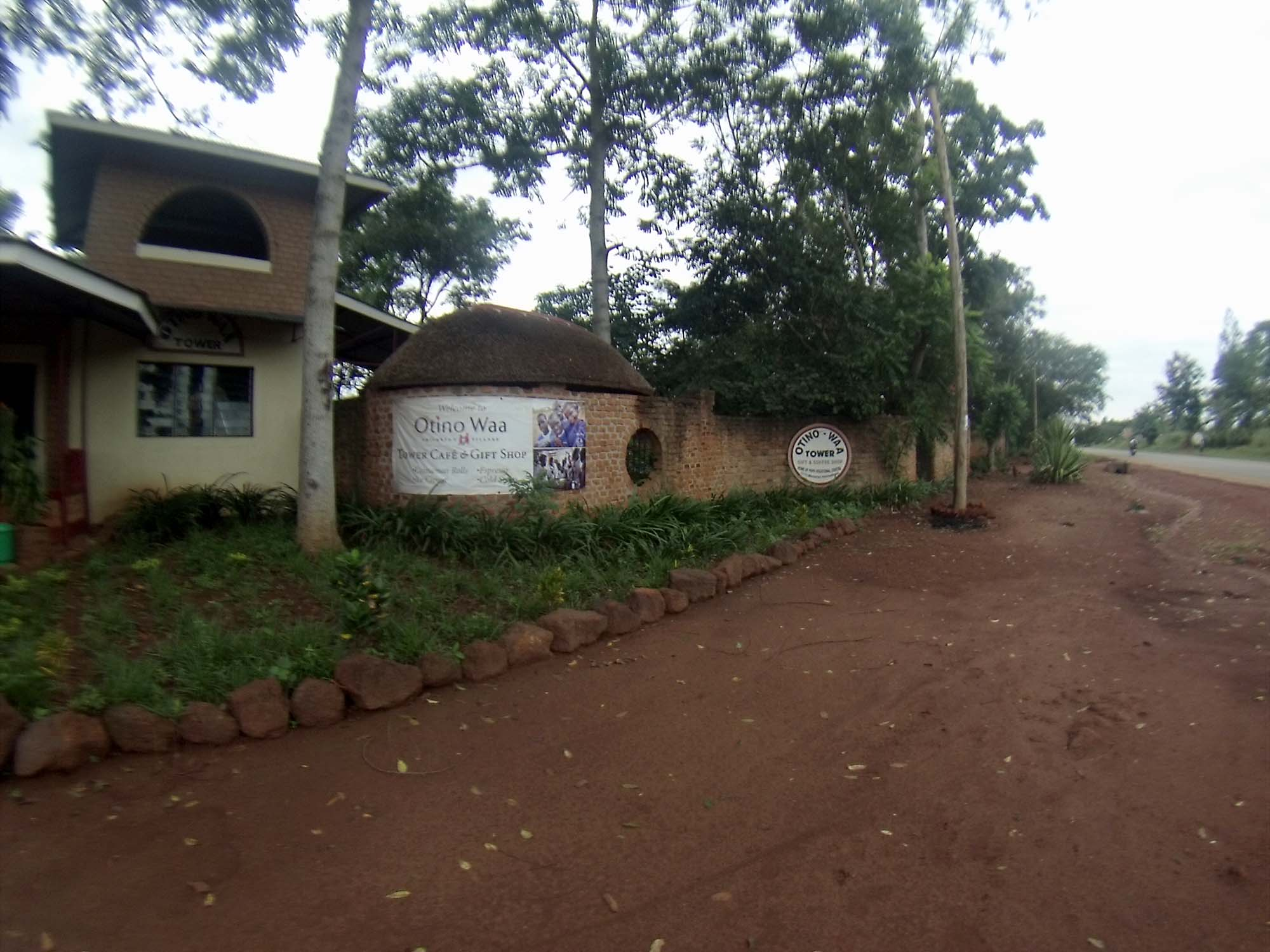 gates of Otino Waa
